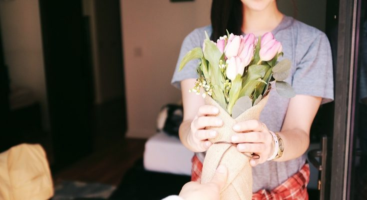 Express Different Emotions with Flowers